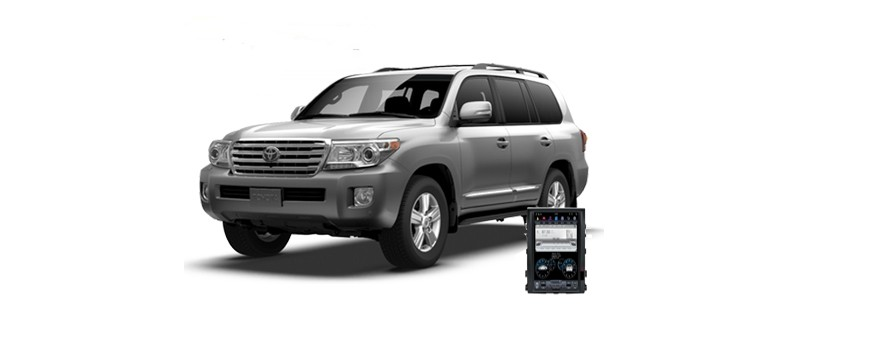 Toyota Land Cruiser 200 - пример установки головного устройства.