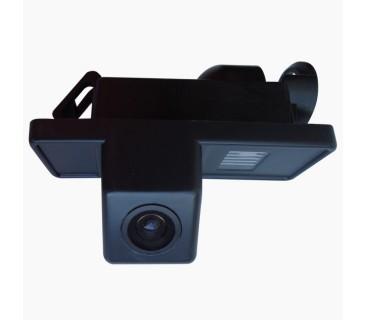 Камера заднего вида для Mercedes Vito (W638, W639), Viano, Volkswagen Crafter - PRIME-X