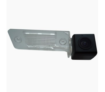 Камера заднего вида для VW Touareg I (2002-2010), Tiguan (2007+), Bora (1998-2004) - PRIME-X
